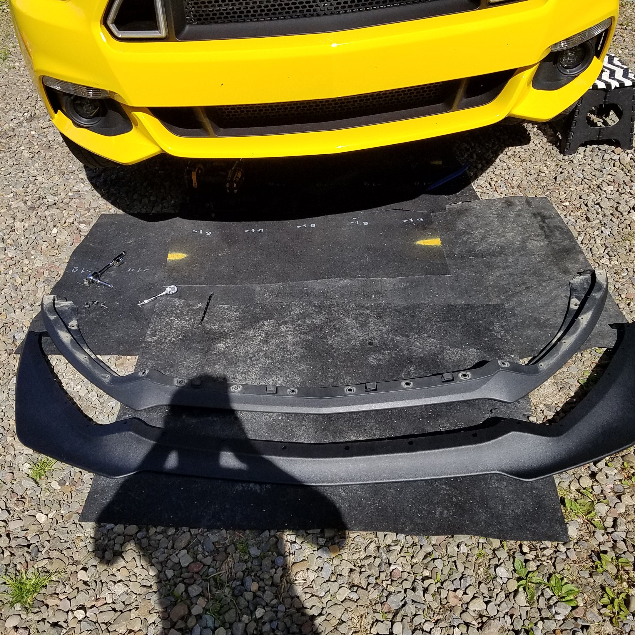 MMD GT350 style chin spoiler installed  | Ford Mustang